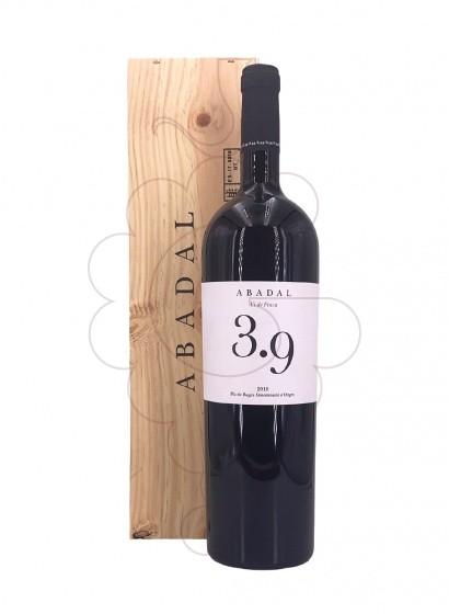Photo Abadal 3.9 Magnum  red wine