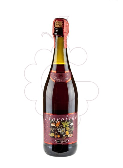 Photo Aperitif wine Fragolino Caldirola