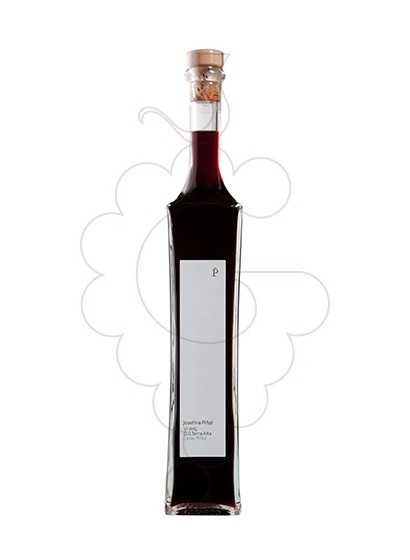 Photo Red Sweet Josefina Piñol fortified wine