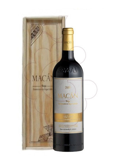 Photo Macán Magnum red wine