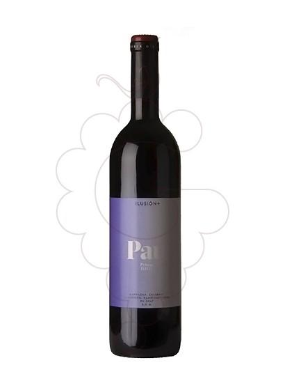 Photo Pau Priorat red wine