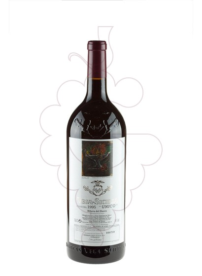 Photo Vega Sicilia Unico Magnum red wine